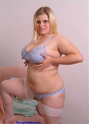 Lesbian bukkake slave